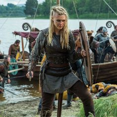 Lagertha taught Porunn well! Double tap if you think the young shield maiden killed it in Thursday's raid! #Vikings