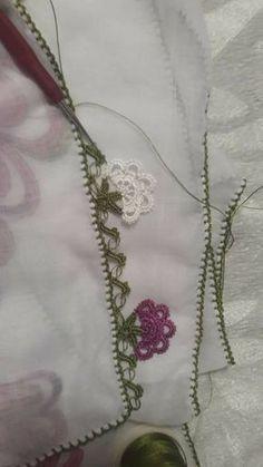 Crochet and Knitting How To Treble Crochet, Tunisian Crochet Stitches, Crochet Dishcloths, Baby Knitting Patterns, Knitting Designs, Diy Crochet Top, Finger Crochet, Front Post Double Crochet, Crochet Borders