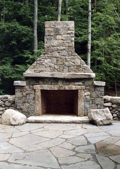 Newest Photographs Fireplace Outdoor stone Strategies Choose a fireplace pattern that will corresponds size having how big a backyard in addition to home. I generally turn to Outdoor Fireplace Patio, Outdoor Stone Fireplaces, River Rock Fireplaces, Outside Fireplace, Outdoor Fireplace Designs, Brick Fireplace, Fireplace Ideas, Stone Masonry, Standing Fireplace