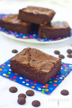 Flourless Avocado Brownies!! If you are into moist, fudgy chocolate brownies, you will love this recipe!