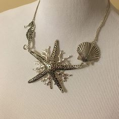 Ocean necklace Seashell , starfish  , seahorse Jewelry Necklaces