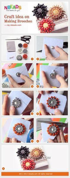 ビーズのブローチも意外と簡単にできちゃうんですよ♪  必要なもの☆ フェルト ビーズ 針と糸  1.写真を参考にフェルトに直接ビーズを縫い付けて好きなデザインを作ります♪ 2.できたら裏地部分にピンをつけて出来上がり☆: