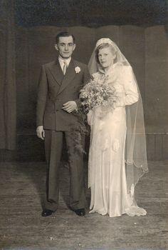 Ronald Bartley James Nicholson and Lily Florence Hawes wedding on February 25, 1939, Dartford, Kent.
