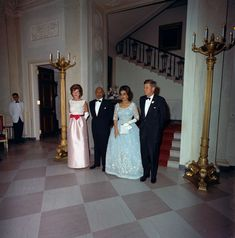 KN-C29838. President John F. Kennedy Attends State Dinner for King Mohammad Ẓāhir Shāh and Queen Humaira Begum of Afghanistan - John F. Kennedy Presidential Library & Museum