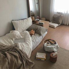 Ideas Bedroom Interior Inspiration Dorm Room For 2019 Home Interior, Interior Design, Aesthetic Room Decor, Cozy Aesthetic, Korean Aesthetic, Minimalist Room, Cozy Room, Trendy Bedroom, Bedroom Ideas For Small Rooms Cozy