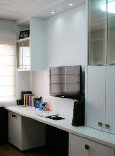 Home office de um apartamento de 92 m², projetado por Paula Bagatini Fiegenbaum.