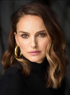 Nathalie Portman Style, Outdoor Fotografie, Jewish Girl, Elegantes Outfit, Most Beautiful Faces, Hair Goals, New Hair, Hair Inspiration, Blonde Hair