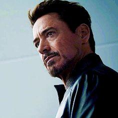 Avengers Gif, Marvel Gif, Tony Stark Gif, Iron Man Tony Stark, Comic Movies, Marvel Movies, Johnny Be Good, Rober Downey Jr, Tony Stank