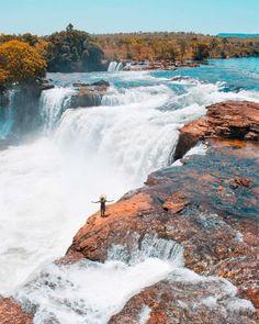 Cachoeira da Velha, Parque Estadual do Jalapão, Tocantins, Brazil Brazil Travel Destinations Brasil Travel, Places To Travel, Places To Visit, Travel Destinations, Nature Photography, Travel Photography, Solo Travel, Belle Photo, Amazing Nature