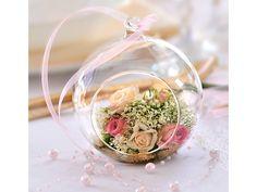 Décoration avec boule en verre et verdure pour table de mariage nature - Permet de créer une décoration de table avec de la verdure originale et raffinée...