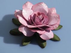 flowers for mothers: sweet paper rose tutorial, kids craft ideas - crafts ideas - crafts for kids