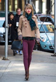 Because in Taylor's New York you can walk around listening to music with…