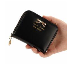 Woman's Fashion Small Wallets / Clutch