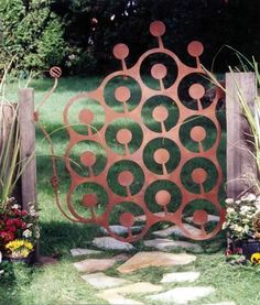Circles Gate - Phil Beck, DragonFire Studio and Gallery Metal Garden Gates, Rusty Garden, Metal Gates, Wrought Iron Gates, Metal Garden Art, Garden Doors, Metal Art, Fence Gate, Front Fence