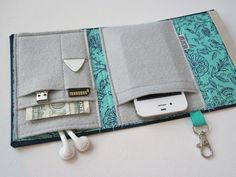 Nerd Herder gadget wallet in Hint of Mint for iPhone 5, Android, iPhone 4, Blackberry, digital camera, smartphone, guitar picks via Etsy