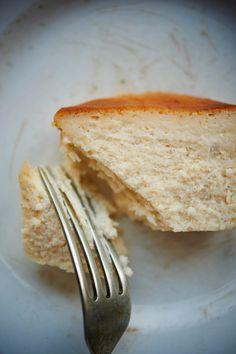 「人生最高のチーズケーキ」話題のMr.CHEESECAKEのレシピを大公開! | NEXTWEEKEND Sweets Recipes, Cheese Recipes, Cake Recipes, Desserts, Bread Baking, Yummy Cakes, Food To Make, Cooking, Cheesecake