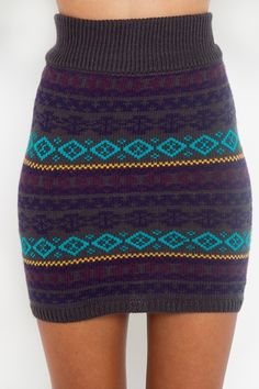 perfect for fall with tights! (could be crocheted with flex-stitch?)