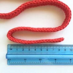 Crochet Ribbon Christmas Tree Pattern | poppyandbliss