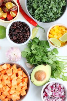 Zoete aardappel salade Tex Mex - Mind Your Feed Tex Mex, Sweet Potato, Cantaloupe, Avocado, Potatoes, Cooking Recipes, Fruit, Salad, Lawyer