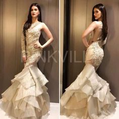 Bridal Sharara Designs For Wedding Latest Collections 2018 Bride Reception Dresses, Wedding Reception Outfit, Indian Designer Outfits, Designer Dresses, Classy Gowns, Bridal Lehenga Collection, Bollywood Dress, Kurti Designs Party Wear, Dress Indian Style