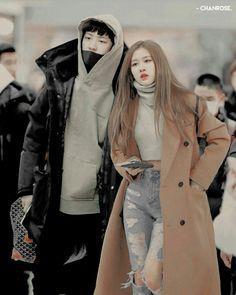 Exo Couple, Couple Goals, Park Chanyeol, Baekhyun, Kpop Couples, Idol, Korea, Novels, Ships