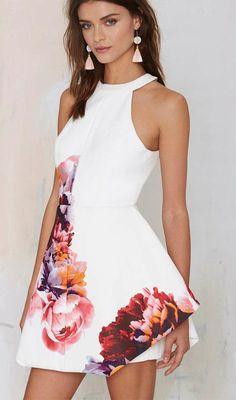 Details: Floral print Open back Back zipper Material:Cotton Regular wash Free Shipping ! We accept Paypal . SIZE(CM) US BUST WAIST LENGTH XS 2 80 60 80 S 4 84 64 81 M 6/8 88 68 82 L 10/12 92 72 83 XL