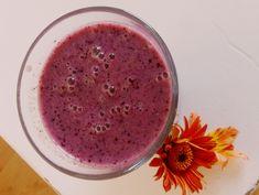 Bessen Kiwi Smoothie focus on foodies