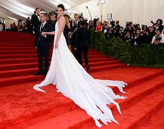 The Met Gala 2013: The Best of the Red Carpet - Katie Holmes