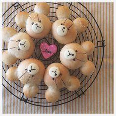 """1,137 Likes, 44 Comments - ⓈⒶⒸⒽⒾ (@sachi.ina) on Instagram: """"♥︎ Good morning☀︎ ⁑ 今日も#塩バターパン♡ #ジャッキー Ver. ⁑ @hisano.rr ちゃんメイドの #アイシングクッキー と一緒に⑅◡̈*. ⁑…"""""""
