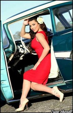 Pin up model Crissy Henderson