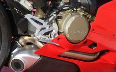 Ducati 1299 Panigale S: Toujours plus - Galerie de photos - Moto Journal