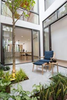 17 New Ideas Garden Furniture Design Window Garden Furniture Design, Interior Garden, Home Decor Furniture, Home Interior Design, Exterior Design, Garden Design, Indoor Courtyard, Courtyard House, Internal Courtyard