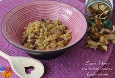 Zuppa di farro con borlotti, zucca e funghi porcini: un vero confort food, se oggi fa freddo e piove! Prova questa zuppa dai sapori invernali.