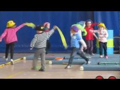 la danse des foulards - YouTube