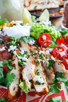 Texmex Grilled Chicken Salad in Creamy Avocado Salsa Verde Dressing | Closet Cooking | Bloglovin