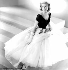 Grace Kelly 1954 Edith head on steps dayum