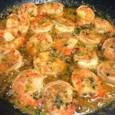 Famous Red Lobster Shrimp Scampi ~ Tastes EXACTLY like the Red Lobster Shrimp Scampi. It's a favorite recipe in our home! Famous Red Lobster Shrimp Scampi ~ Tastes EXACTLY like the Red Lobster Shrimp Scampi. It's a favorite recipe in our home! Yummy Recipes, Fish Recipes, Seafood Recipes, New Recipes, Dinner Recipes, Cooking Recipes, Favorite Recipes, Lobster Recipes, Quick Recipes
