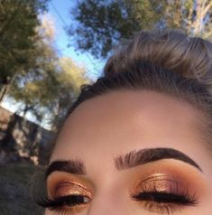 10 stunning smokey eye makeup looks Ecemella- copper eyeshadow -. - 10 stunning smokey eye makeup looks Ecemella- Copper Eyeshadow-… 10 Breathtaking Smokey Eye Makeu - Smokey Eye Makeup Look, Bronze Eye Makeup, Makeup Eye Looks, Cute Makeup, Pretty Makeup, Skin Makeup, Eyeshadow Makeup, Gorgeous Makeup, Drugstore Makeup