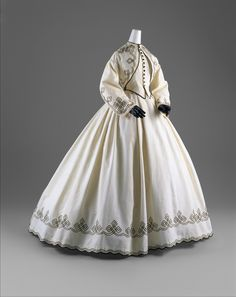 Promenade dress, 1862-64