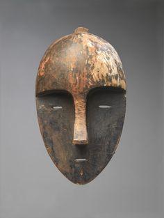 Aduma Artist (Gabon) | Mask | ca.1875–1925 | Wood, paint | Fred and Rita Richman…