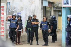 Top Bangladesh army officer dies from IS-claimed blast