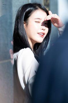 Korean Star, Korean Girl, Korean Actresses, Actors & Actresses, Korean Beauty, Asian Beauty, Iu Twitter, Iu Fashion, Beautiful Girl Image