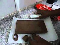 Como Fazer Raspas de Chocolate - YouTube