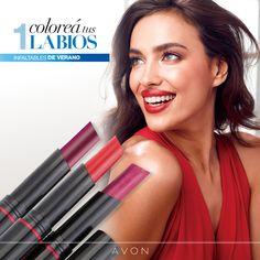 Durante el verano utilizá Extralasting Lápiz Labial con FPS 15. Sentirás tus labios hidratados, con un color increíble y de larga duración.