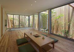 西三国の家 House in Nishimikuni: arbolが手掛けたモダンリビングです。