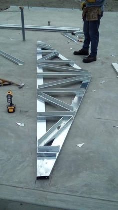 #steelbuildings Metal Stud Framing, Steel Framing, Steel Trusses, Roof Trusses, Roof Truss Design, Steel Building Homes, Steel Frame House, Steel Frame Construction, Pole Barn Homes