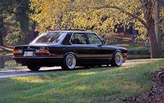 on some nice BBS Wheels E28 Bmw, Bmw Alpina, Bmw Old, Bmw Vintage, Bmw Performance, Bavarian Motor Works, Automobile, Bmw Series, Old School Cars