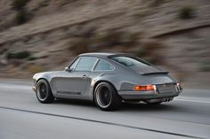 The Drool-Worthiest Custom Porsche You'll See in Some Time - Airows Porsche Classic, Classic Cars, Porsche 911 Singer, Porsche 911 964, Singer 911, Porsche Autos, Porsche Cars, Audi A7, Volvo Xc90