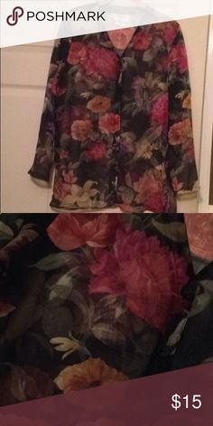 Beautiful Floral Dress Blouse Lightweight Chiffon Blouse Sz. S can fit S/M Tops Button Down Shirts