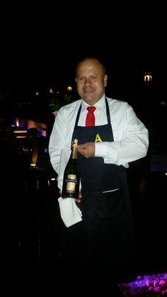 Angus Brangus es ideal para disfrutar de bebidas espumosas con el mejor ambiente y el mejor servicio. www.angusbrangus.com.co